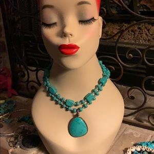 Premier Designs faux turquoise necklace